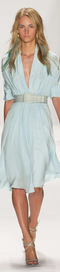 b7a01aaa29c511 View the Badgley Mischka Spring 2015 RTW collection. See photos and video  of the runway show.