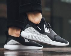 size 40 9053b 27bdc NIKE Women s Shoes - Nike LunarCharge  black Grey - Find deals and best  selling products for Nike Shoes for Women