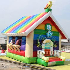 Colorful rainbow inflatable bounce house for kids, really so cool and unique, for more, welcome to visit our website: http://www.china-inflatables.com and choose the products that you are interested in or contact us, we will be glad to be on service of you. Chongqi Inflatables is waiting for you!