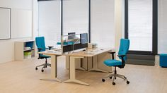 Silla LET'S B   Steelcase Office Desk, Corner Desk, Conference Room, Furniture, Tables, Home Decor, Desk Chairs, Desks, Ergonomic Chair