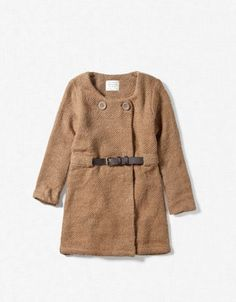 Camel colored house coat with two big buttons and deep brown front buckle = tres chic