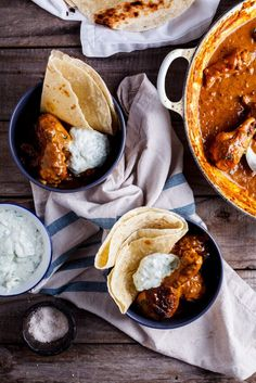A deeply aromatic and flavourful chicken curry served with roti and cucumber raita is perfectly suited for fuss-free weeknight cooking. Great Dinner Recipes, Lunch Recipes, Cooking Recipes, Oven Recipes, Dinner Options, Healthy Recipes, Chicken Flavors, Easy Chicken Recipes, Garam Masala