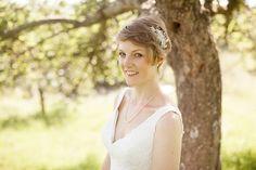 Wedmore Church Bride | Somerset wedding photographer | Kerry Bartlett Photography