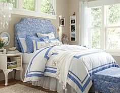 Fascinate Blue Headborad White Navy Blue Duvet Teen Girl Bedroom Image