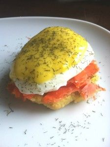 Smoked Salmon Eggs Benedict with Dill Hollandaise (Paleo, Primal, GAPS, PHD) / http://ancestral-nutrition.com/smoked-salmon-eggs-benedict-with-dill-hollandaise-paleo-primal-gaps-phd/