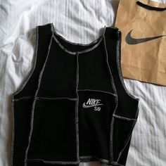 Nike Outfits, Retro Outfits, Cute Casual Outfits, Custom Clothes, Diy Clothes, Top Photos, Look Fashion, Fashion Outfits, Mode Inspiration
