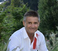 Heinrich Dorfer, Gastgeber der Quellenhof Resorts - The Chill Report Ibiza, Resorts, Chill, Interview, Lake Garda, Things To Do, House, Vacation Resorts, Beach Resorts