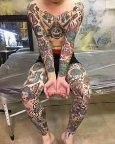 New quotes tattoo placement tatoo Ideas Wolf Tattoos, Arrow Tattoos, Feather Tattoos, Finger Tattoos, Leg Tattoos, Sleeve Tattoos, Tattoo Girls, Girl Tattoos, Tattoos For Guys