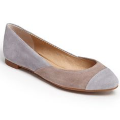 "BNIB Splendid Ilia Suede Flats Size 6 Grey and Tan Color: Shadow. Classic, colorful, chic. Timeless ballet flat with suede upper. Contrast cap toe detail. Size 6M. Lightly cushioned footbed. Heel height ¼"". Brand new in box. Splendid Shoes Flats & Loafers"