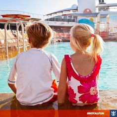 #royalfun Quer lugar melhor pra fazer novas amizades que a piscina? Você já conheceu pessoas novas a bordo e continuou a amizade em terra firme? Conte sua história pra gente!