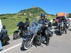 """Women Harley-Davidson motorcycle riders in Italy on a """"ladies first"""" tour of Italy. Ancient Italian castles in the background in the Tuscany region. Scrambler Motorcycle, Motorcycle Touring, Cafe Racer Build, Italy Tours, Car Insurance, Cross Country, Harley Davidson, Cool Photos, Awesome"""