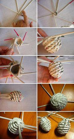 Paper Basket Diy, Paper Basket Weaving, Straw Weaving, Willow Weaving, Card Weaving, Basket Crafts, Newspaper Basket, Newspaper Crafts, Diy Paper