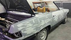 Mercedes en cabine pour peinture complète. Carrosserie inter-union - 53 route de suisse, 1295 Mies Tél.022 755 45 30 - Fax. 022 779 03 28 Site internet: www.interunion.ch