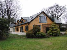 SDA Architecture | Green Belt Property Refurbishment | Studio SDA Bungalow Renovation, Bungalow Exterior, Bungalow Homes, Modern Bungalow, Bungalow Designs, House Extension Design, House Design, Bungalow Conversion, Loft Conversions