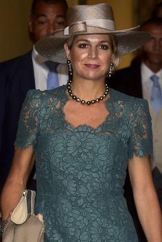 Queen Máxima, Sep 25, 2016 in Hoedenhuis Kaptein   Royal Hats