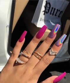 In search for some nail designs and ideas for your nails? Here's our list of 23 must-try coffin acrylic nails for fashionable women. Gorgeous Nails, Pretty Nails, French Nails Glitter, Hair And Nails, My Nails, Crome Nails, Luxury Nails, Creative Nails, Nails On Fleek