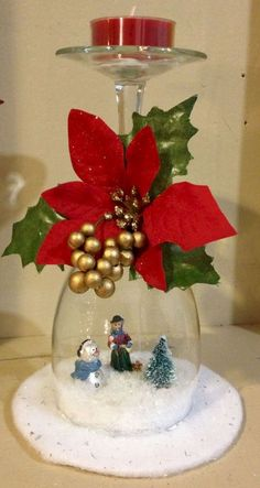 20 Most Incredible Collection Of Top Rated Christmas Wine-Glass Decor Ideas 50 Diy Christmas Decorations, Christmas Centerpieces, Christmas Projects, Holiday Crafts, Christmas Recipes, Candle Decorations, Glass Centerpieces, Noel Christmas, Simple Christmas