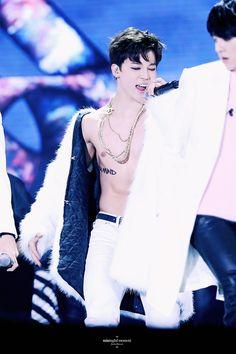why you gotta be so sexy jimin? Bts Jimin, Jimin Hot, Bts Bangtan Boy, Busan, Yoonmin, Bts Boys, Jikook, South Korean Boy Band, Korean Singer