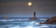Coucher de Super lune à la pointe du Raz