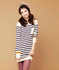 IU // lilac tights under simple striped dress Iu Fashion, Star Fashion, Spring Fashion, Fasion, Korean Star, Korean Girl, Asian Girl, Sweet Girls, Cute Girls