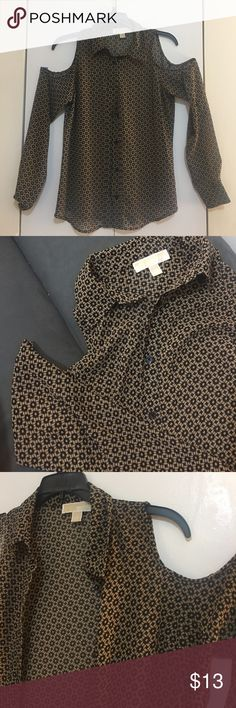 Michael kors cold shoulder button down blouse Brown blouse with black print. Button down collared shirt with cold shoulder cut outs. Light weight and slightly sheer. Adorable with high waisted jeans and a black bralette MICHAEL Michael Kors Tops Button Down Shirts
