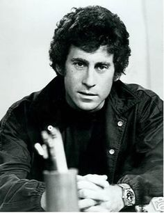 PAUL MICHAEL GLASER Paul Michael Glaser, Detective, Cops Tv Show, David Soul, Starsky & Hutch, Good Genes, Good Old Times, Handsome Actors, Good Looking Men