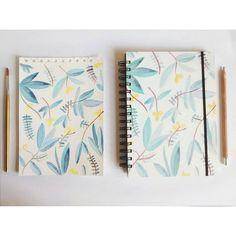 Ilustración hecha a mano en acuarela y digitalizada para llegar al cuaderno terminado! Notebook illustrated with watercolour - Modelo Alelí