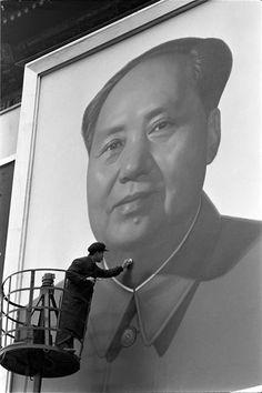 photo  Max Scheler, Cleaning Mao Zedong, Bejing 1967