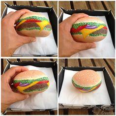 Como hacer un servilletero de hamburguesa en piedra pintada African Sunset, Rock Art, Hamburger, Sushi, Diy, Handmade, Ideas Para, Rocks, Food