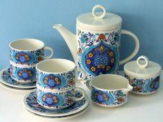 Villeroy and Boch porcelain coffee/tea service Izmir 1973 Mid Century modernist design
