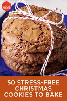 50 Stress-Free Christmas Cookies to Bake - Yummy Recipes Christmas Cookie Exchange, Christmas Sweets, Christmas Cooking, Christmas Christmas, Christmas Crafts, Christmas Decorations, Xmas Cookies, Yummy Cookies, Easy Christmas Cookies