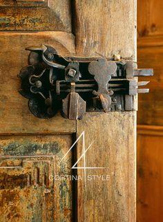 Le nostre porte antiche ☺ Details of Excellence  (by Ambra Piccin architetto, Renografica Edizioni d'Arte, photo DGBandion)