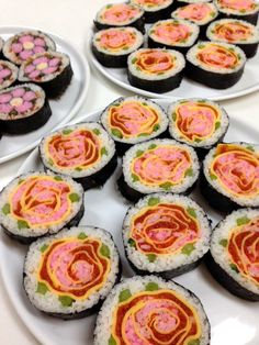 母の日のディナーには手作りの巻き寿司❤︎母の日のプレゼントに❤︎ Sushi Chef, Rice Pasta, Sushi Art, Cute Food, Japanese Food, Food Art, Recipies, Appetizers, Food And Drink