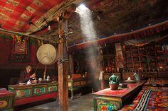 #periscopio Nella cappella privata di un'abitazione della città di Lo Manthang