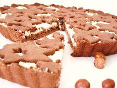 Kakaový koláč s tvarohom a lieskovcami