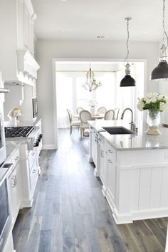 55+ White Kitchen Cabinets with Gray Walls - Small Kitchen Renovation Ideas Check more at http://www.apprenticecruisechallenge.com/white-kitchen-cabinets-with-gray-walls/
