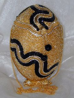 Egg Crafts, Easter Crafts, Emu Egg, Egg Designs, Form Crochet, Faberge Eggs, Hip Bag, Egg Art, Beaded Ornaments