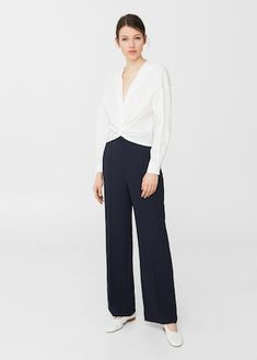 Flowy fabric Loops on the waist Side pockets Two welt pockets on the back Concealed button, hook and zip fastening Wide Trousers, Trouser Suits, Trousers Women, Work Wear, Dress Up, Normcore, Wonder Woman, Skinny, Gowns