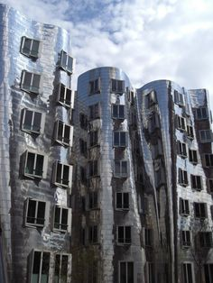 Frank Gehry buildings  #architecture #Frank #Gehry Pinned by www.modlar.com