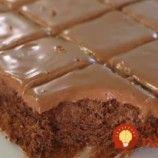Jablkový blesk s čokoládou a kyslou smotanou: Úžasne šťavnatý koláč z hrnčeka, pripravený za 15 minút – najleší dezert z jabĺk! Food And Drink, Birthday Cake, Desserts, Paper, Tailgate Desserts, Deserts, Birthday Cakes, Postres, Dessert