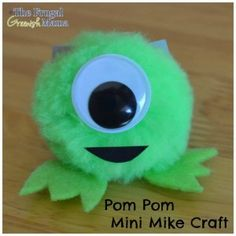 Monsters U In Theaters & Easy Pom Pom Mike Craft - Our Homemade Life Mike Craft, U Craft, Cute Crafts, Crafts To Sell, Diy And Crafts, Pom Pom Crafts, Yarn Crafts, Cardboard Crafts, Paper Crafts