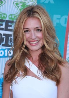 Cat Deeley. Love the cut and color!