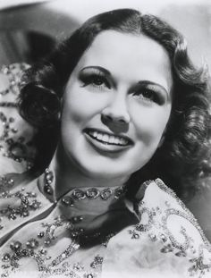 Browse photos of Eleanor Powell Old Hollywood Style, Golden Age Of Hollywood, Classic Hollywood, Classic Film Noir, Classic Films, Eleanor Powell, Colleen Moore, Female Movie Stars, Musical Film