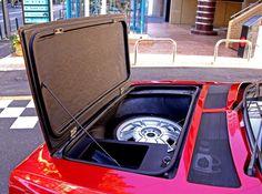 Lancia Delta S4, hood