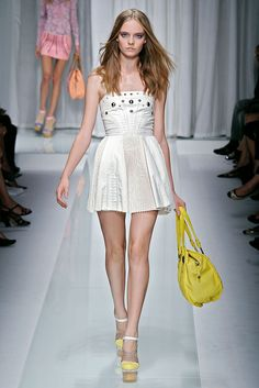 Versace Spring 2010 Ready-to-Wear - Collection - Gallery - Style.com