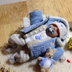 dolls house ooak sculpt baby boy, removable coat + blanket + Bunny Toy, 1/12