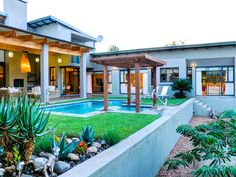 Tinghala Luxury Holiday Accommodation in Hoedspruit Holiday Accommodation, Luxury Holidays, Three Days, Luxurious Bedrooms, Luxury Homes, Royalty, African, Mansions, House Styles