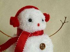 snowman christmas crafts - red pom pom snowman close up