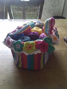 Sparkelz-creative: basket of balls! - No pattern so this is for inspiration. Maybe a basket, maybe a purse, maybe other things but definitely cute and would be a stash buster.