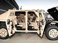 2011 FED ALPHA fuel-efficient military vehicle by Ricardo wallpaper Tactical Truck, Tactical Gear, Tactical Survival, Army Vehicles, Armored Vehicles, Offroader, Hummer H1, Bug Out Vehicle, Military Equipment